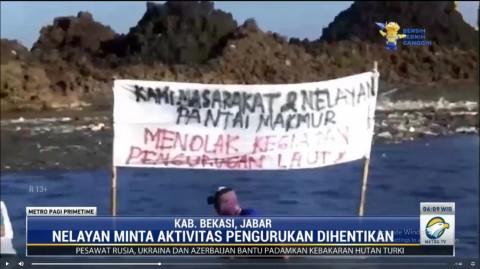 Nelayan Tarumajaya Bekasi Protes Pengerukan Pantai