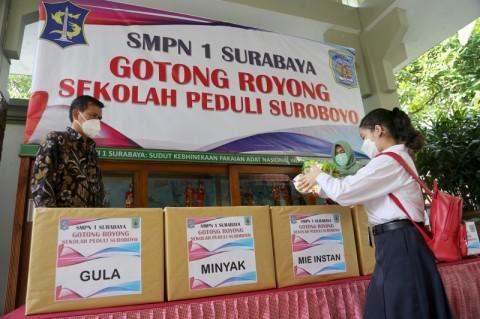 Pelajar Surabaya Diajak Aksi Sosial Bantu Warga Terdampak Pandemi
