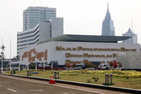 DPR Ditagih Surat Pembatalan Fasilitas Hotel untuk Isoman