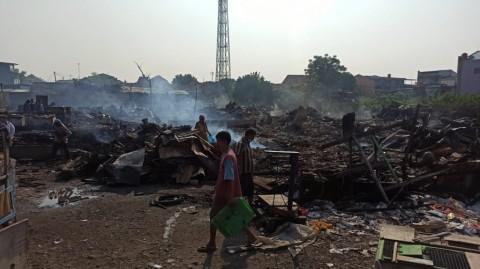 Kerugian Kebakaran Kios Pasar di Bekasi Tembus Rp1,4 Miliar