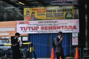 Anies: Jakarta Masuk Zona Aman Kalau <i>Positivity Rate</i> di Bawah 5%