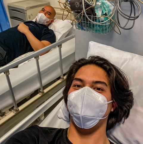 Ahmad Dhani dan El Rumi Terbaring di Rumah Sakit, Kenapa?