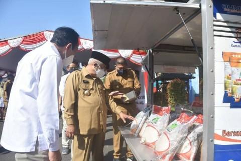 200 Ribu KK di Malang Terima Bantuan Beras