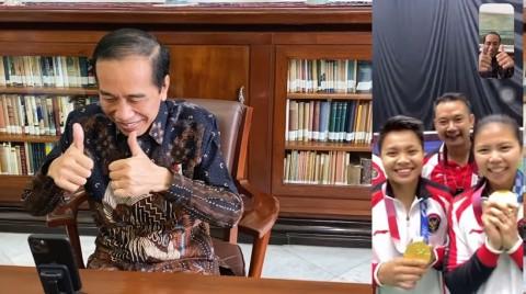 Lewat <i>Video Call</i>, Jokowi Ucapkan Selamat ke Graysia dan Apriyani
