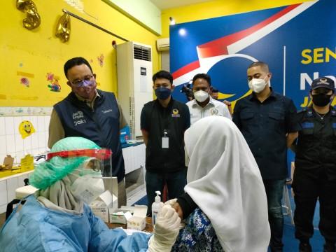 Nyaris 3 Juta Orang di DKI Terima Vaksin Lengkap