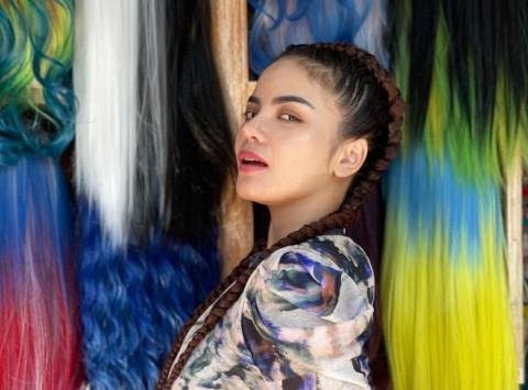 Kronologi Dinar Candy Ditangkap Akibat Berbikini di Jalan