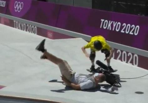 Tabrak Juru Kamera, Skater Australia Ini Malah Dapat Poin Tertinggi