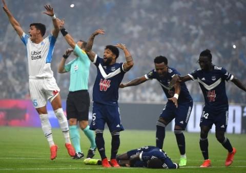 Striker Bordeaux yang Kolaps di Lapangan Sudah Kembali Berlatih