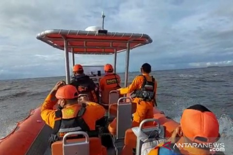 Dihantam Ombak, 7 Korban Kapal Terbalik di Perairan Tanjung Puting Masih Dicari