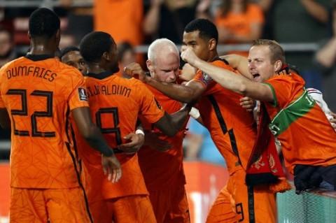Cukur Montenegro, Belanda Jaga Asa ke Piala Dunia