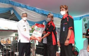 Pemprov Sumsel Salurkan 100 Ton Beras untuk 120 Desa di Ogan Ilir