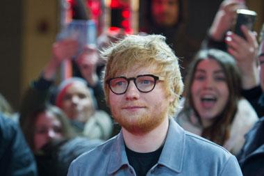Ed Sheeran Sumbang Rp195 Juta untuk Rumah Sakit Gratis