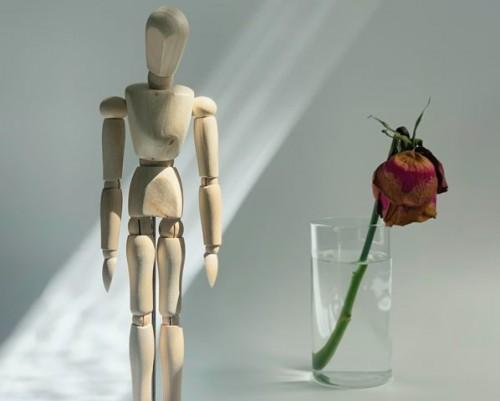 Mengenal istilah suicide contagion dan pengaruhnya pada orang sekitar yang rawan. (Foto: Ilustrasi/Pexels.com)