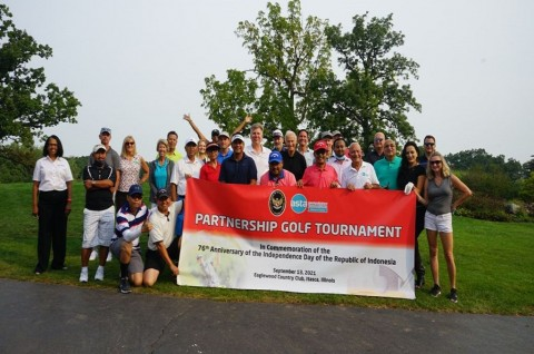 KJRI Chicago Manfaatkan Turnamen Golf untuk Promosikan Pariwisata Indonesia