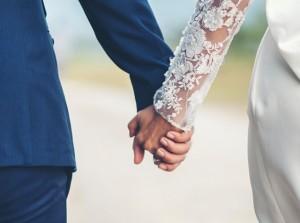 Kelebihan dan Kekurangan Menikah Muda