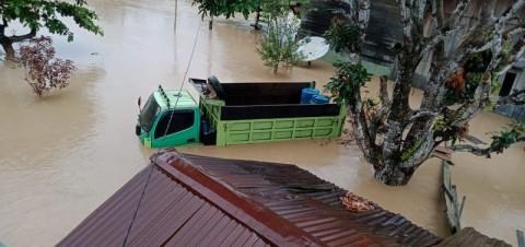 Dua Kabupaten di Papua Terendam Banjir Hingga 200 Cm