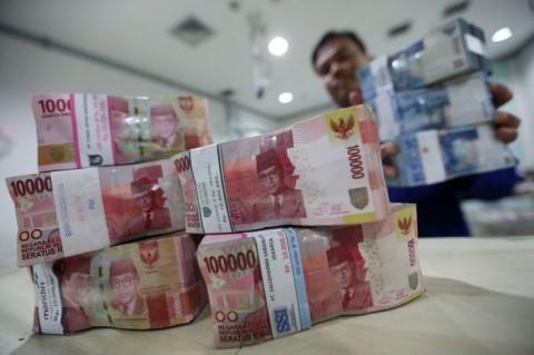 Rupiah Pagi Melemah ke Level Rp14.254/USD