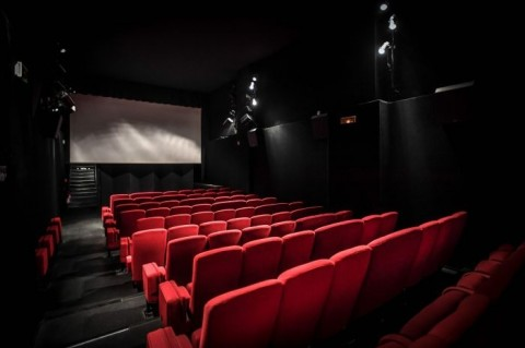 Bioskop Dibuka Kembali, Ingat! Usia di Bawah 12 Tahun Dilarang Masuk