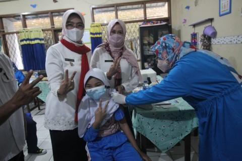 Pemkab Cirebon Percepat Vaksinasi Pelajar