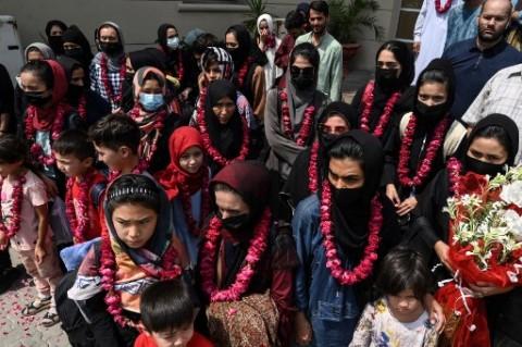 Tim Sepak Bola Perempuan Afghanistan Kabur ke Pakistan