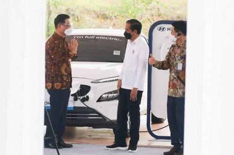 Indonesia Curi Start Resmikan Pabrik Baterai Kendaraan Listrik, Negara Tetangga Bakal Iri