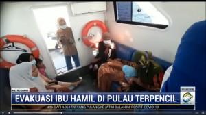 Polairud Labuan Bajo Bantu Evakuasi Ibu Hamil dari Pulau Terpencil