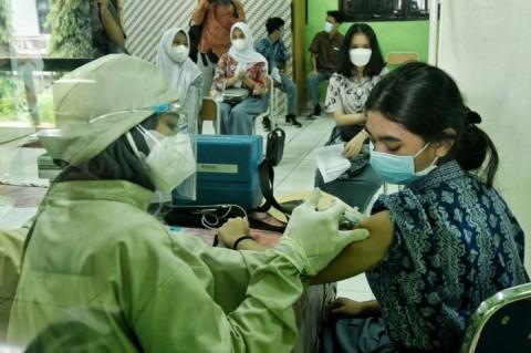 DKI Percepat Vaksinasi Dosis Kedua untuk Remaja