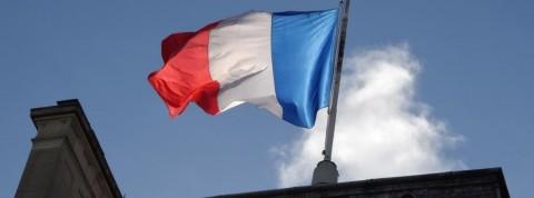 Belum Vaksin, 3.000 Nakes Prancis Dilarang Bekerja
