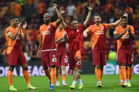 Blunder Strakosha Bikin Lazio Kalah dari Galatasaray