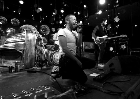 Presiden Jokowi Disenggol Band Coldplay di Twitter