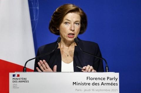 Masih Kesal Soal AUKUS, Prancis Batalkan Dialog Pertahanan dengan Inggris