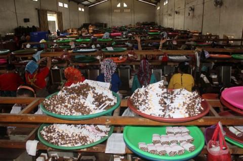 5.000 Pekerja Pabrik Rokok di Jawa Timur Kehilangan Pekerjaan