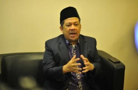 Fahri Hamzah Heran Penyelamatan Duit Triliunan Kejagung Kalah Heboh dengan OTT Rp10 juta