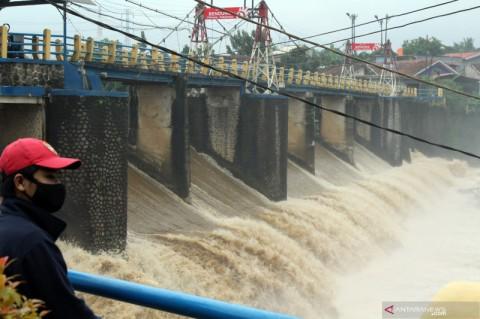 BMKG Peringatkan Potensi Hujan Lebat Disertai Angin Kencang di Sejumlah Provinsi