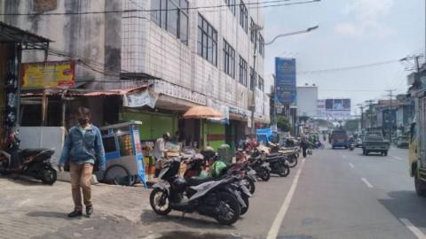 Aktivitas Pasar Tradisional Bandar Lampung Mulai Bergeliat