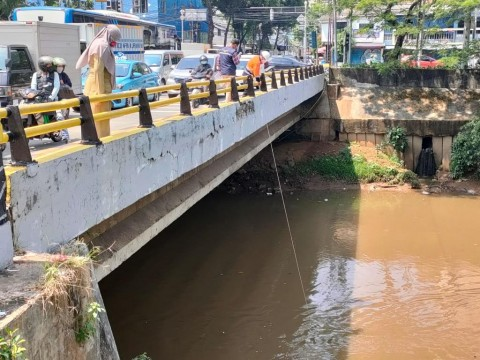 Bakteri Koli Tinja Cemari 120 Titik Kali di DKI Jakarta
