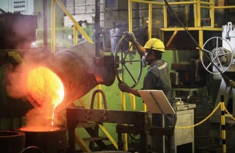 Tekan Impor, Krakatau Steel Genjot Produksi Baja