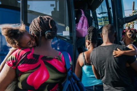 Biden Usir Pengungsi Haiti, Bandara Dipenuhi Oleh Para Migran