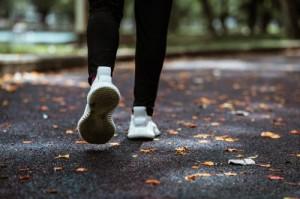 Olahraga Jalan dan Lari, Apa Bedanya?
