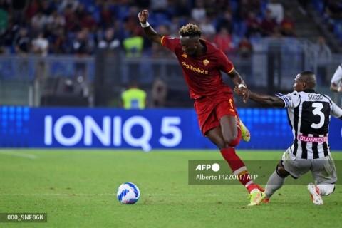 AS Roma vs Udinese: Abraham Menangkan Giallorossi