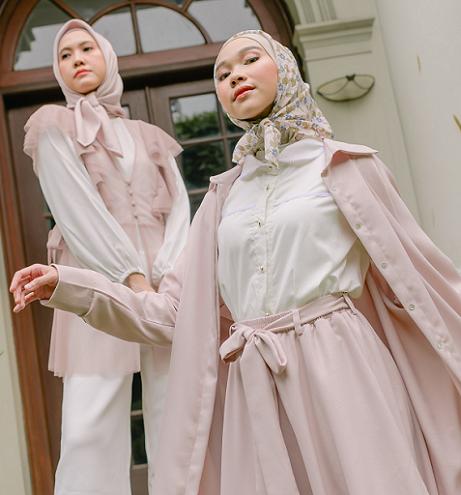 Kolaborasi ini menghadirkan sembilan complete looks dengan 11 produk yang didominasi oleh warna pastel dan tone netral. (Foto: Dok. HijabChic)