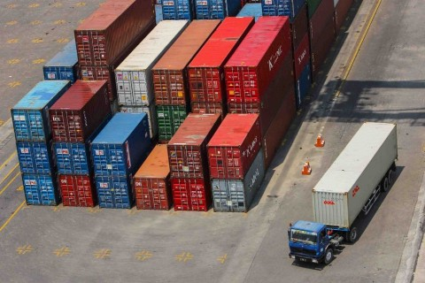 Pengusaha Manfaatkan Teknologi untuk Layanan Jasa Logistik