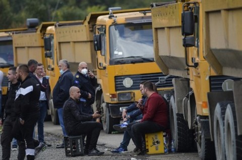 Gara-Gara Pelat Nomor Kendaraan, Serbia dan Kosovo Bersitegang