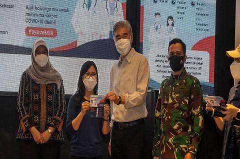 Dubes AS Kunjungi Lokasi Pemberian Vaksin Pfizer untuk Umum di Jakarta