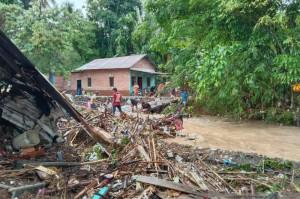 Banjir Bandang Landa 8 Kelurahan di Kota Lubuk Linggau