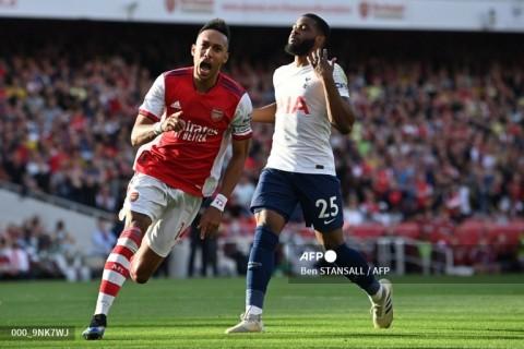 Arsenal vs Tottenham Hotspur: The Gunners Perkasa di Derby London Utara