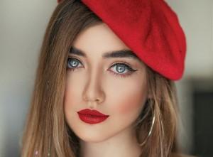 Lipstik Merah Sama dengan Wanita Lebih Menarik, Benarkah?