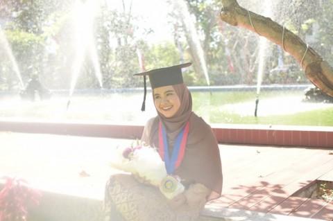 Diva Kurnianingtyas, Usia 24 Tahun Jadi Doktor Termuda ITS