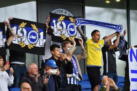 Crystal Palace vs Brighton Berakhir Ricuh dan Tanpa Pemenang