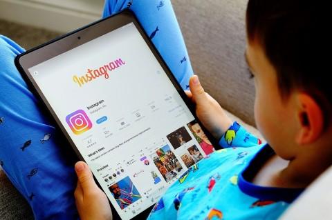 Instagram Tangguhkan Pengembangan Instagram Kids